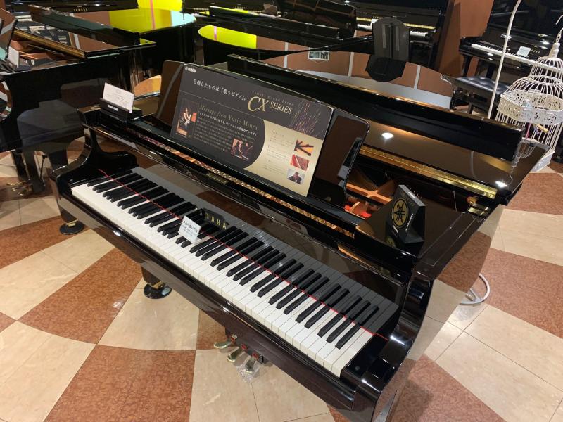 本店グランドピアノ