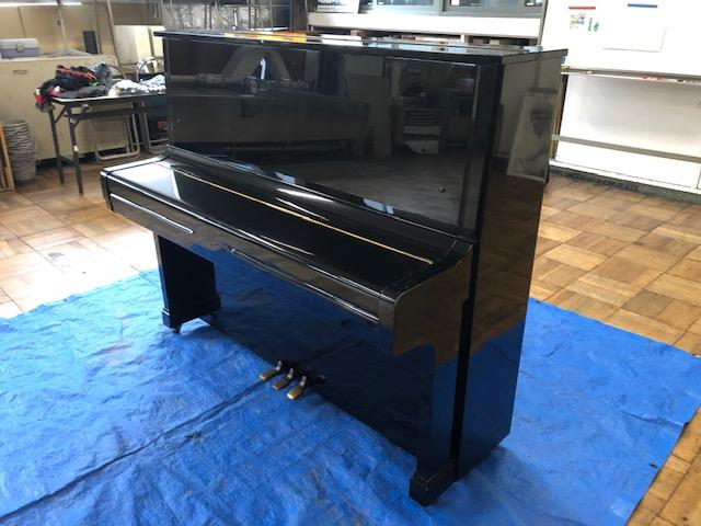 塗装前のピアノ